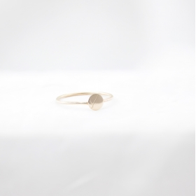Minimalistic Golden Ring