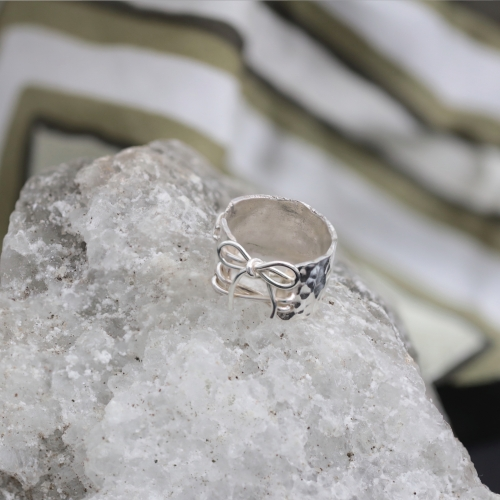 VAGABONDS Ring with bow